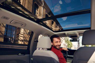 Nový Golf Variant panoramatické střešní okno