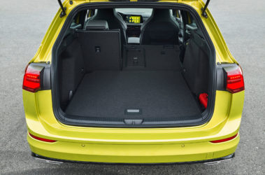 Nový Golf Variant zavazadlový prostor
