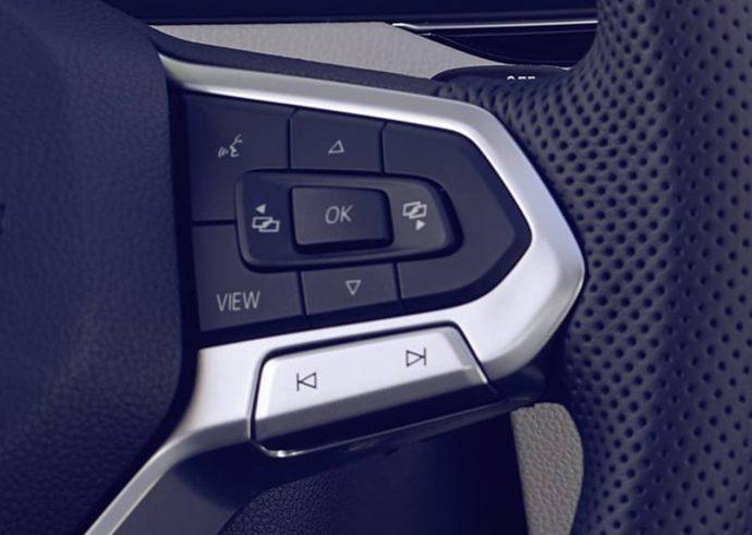 Nový Passat ovládání na volant