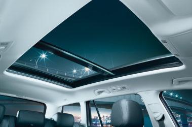 Passat Variant - panoramatické posuvné střešní okno