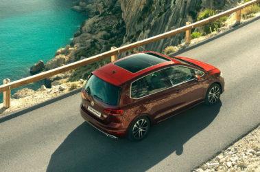 Golf Sportsvan - střešní panoramatické okno