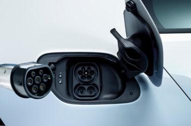 Volkswagen e-Golf detail nabíjení
